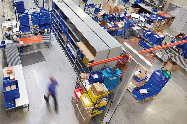 Spectra Logistikzentrum - Täglicher Waren-Ein- und Ausgang