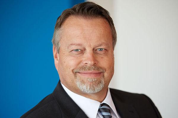 Spectra Produktmanager - A. Kusch