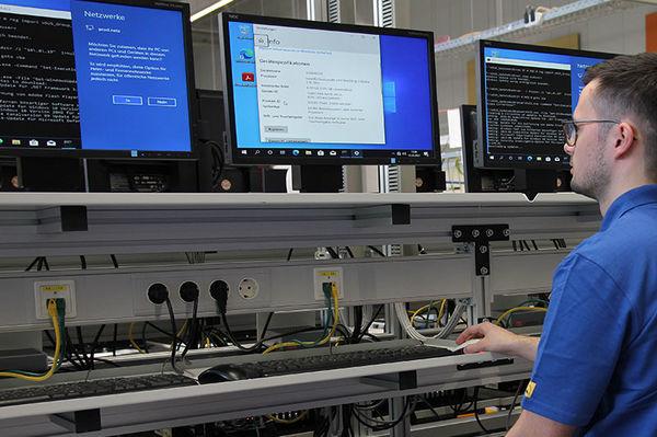 Karriere IT-Systemelektroniker